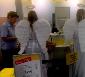 Engel auf der Post.JPG